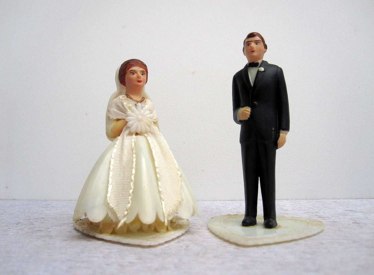 Vintage Wedding Cake Topper Traditional Bride and Groom on