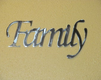 FAMILY METAL wall word