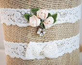 Peach Rosebud Lace Garter Set - Rustic Garter Set - Shabby Chic Garter Set - Vintage Jewels - Something Old