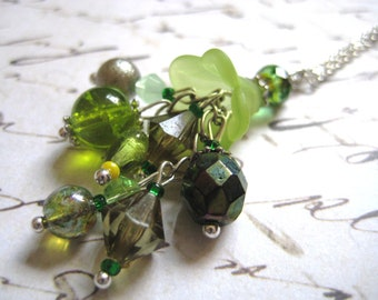 Lime Blossom Cluster Necklace in Silver