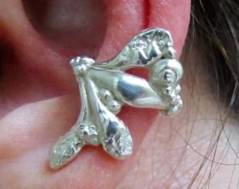 SEAWEED EAR CUFF