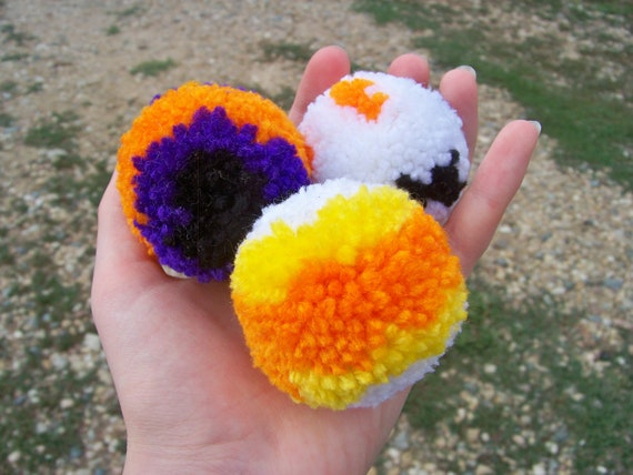 3 Fluffy Halloween Pom Pom Cat Toys