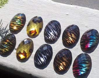 30 mm x 20 mm  Resin Lucite faceted  Oval  Animal Pattern Cabochons, Beads. Deluxe Pack of  Assorted Colors. 10 Pieces. OVAM
