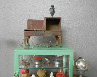 Vintage Metal Child's Toy Stove- Great Display Piece