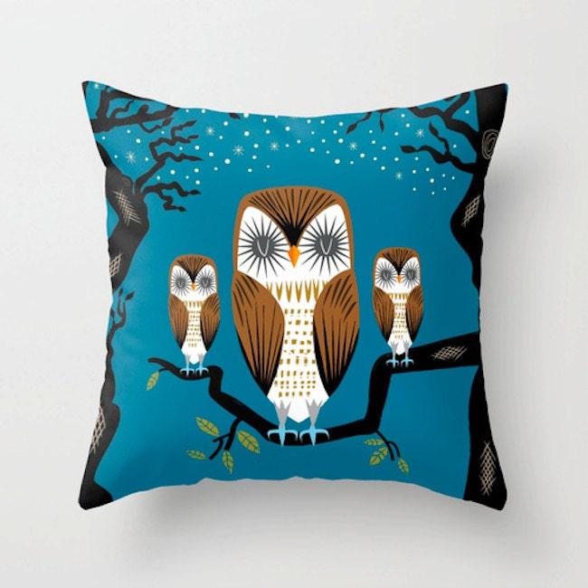 Three Lazy Owls Throw Pillow / Cushion Cover 16 x