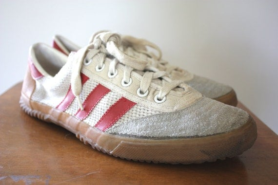 70`S 80`S VINTAGE ADIDAS VOLLEYBALL SHOES  original 70