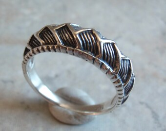 sterling silver ring puffy zig zag braided treaded texture size 8 12 vintage - Mud Tire Wedding Rings
