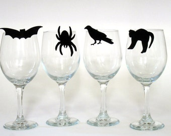 Halloween Wine Charms (Set of Four to clip on your glass) - Party Favor Gift, Decoration, Bat, Spider, Crow, Black Cat
