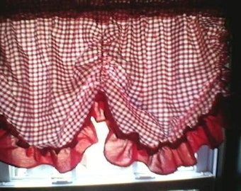Minnie Mouse Red Gingham Curtain Valance