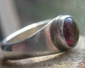 Vintage Retro Style Sterling Silver Ring with Purple Round Cabochon Stone Ladies Ring Size 6