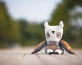 Philipp owl, soft art toy by Wassupbrothers