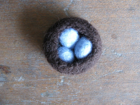Felted wool nest with three blue felted robins eggs, for waldorf children or natural home decor