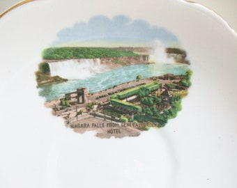 Regency Niagara Falls Tea Cup and Saucer General Brock Hotel Canada //