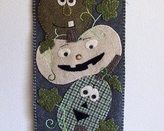 Reclaimed wool wall hanging- Stack of Sqaush