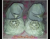 Ivory Rosette Crib Shoes with pearl and rhinestone center