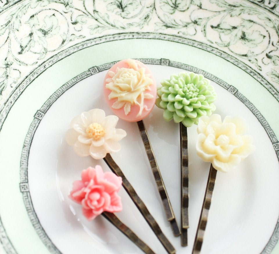 Custom Cameo Resin Pins Diy: Pastel Bobby Pins Rose Cameo Resin Flowers Cream Mint