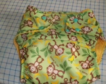 waterproof diaper cover with soaker pad
