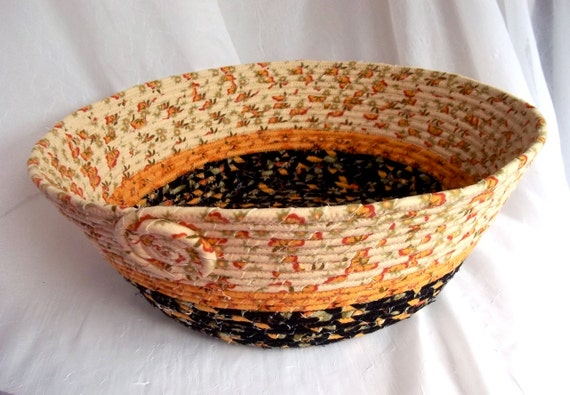 Country Cat Bed, Handmade Creamy Flannel Dog Bed, Flannel Pet Bed, Fruit Basket, Centerpiece, hand wrapped and coiled fabric
