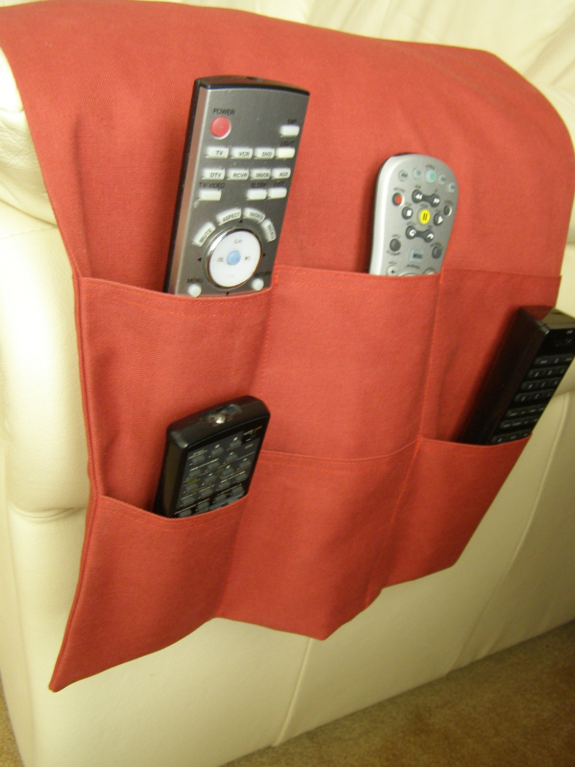 tv dvd remote control organizer caddy 6 pocket rust red. Black Bedroom Furniture Sets. Home Design Ideas