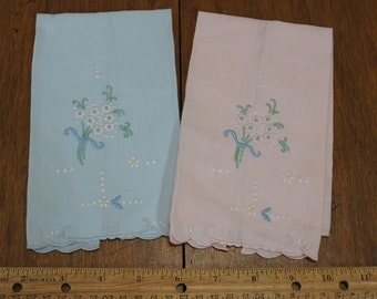 Guest Towels Pair Of Pink And Blue Vintage Cotton Fingertip Towels
