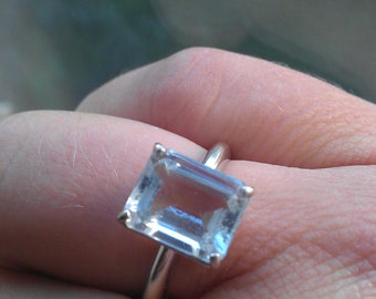 Gorgeous Goshenite and white gold ring size 6