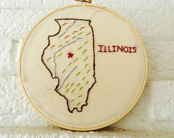 Illinois Map. State Wall Art. Hand Embroidery Hoop Art. 7 inch. Travel State Map. Home Art. Gift for Teacher. Gift for Graduate. Classroom.