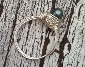 Deep Green Freshwater Pearl Wire Wrapped Ring