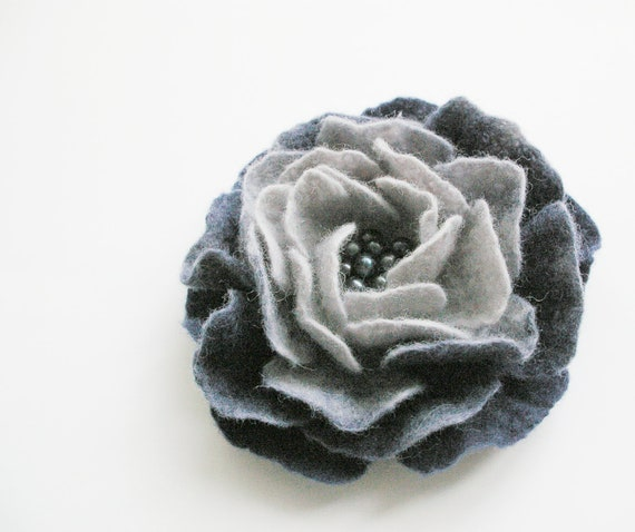 felted flower pin brooch PIGEON / made to order