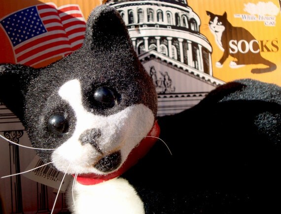 Vintage 1993 Socks the Whitehouse Cat Collectible Plush Toy