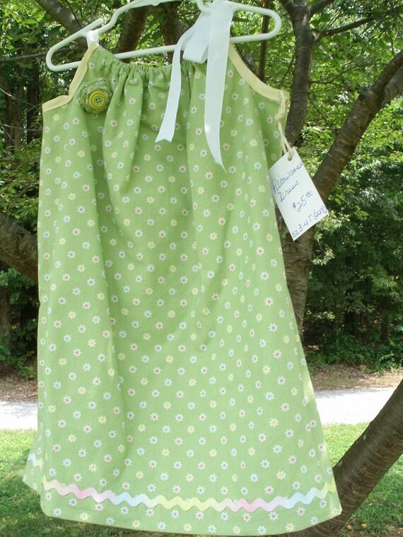 Spring Green Daisy Pillowcase Dress Size 3-4T OOAK