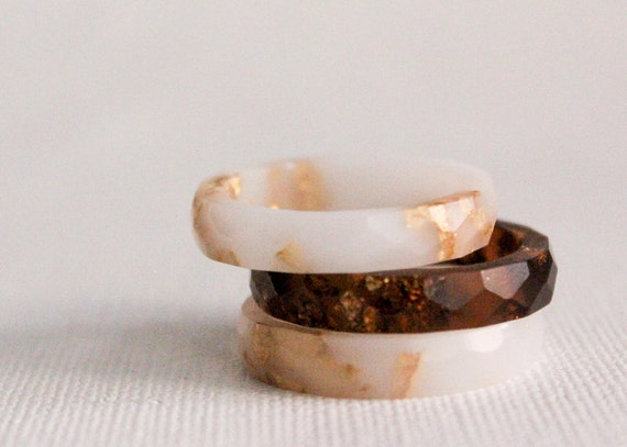 white  size 7.5 thin ring multifaceted eco resin ring with gold flakes