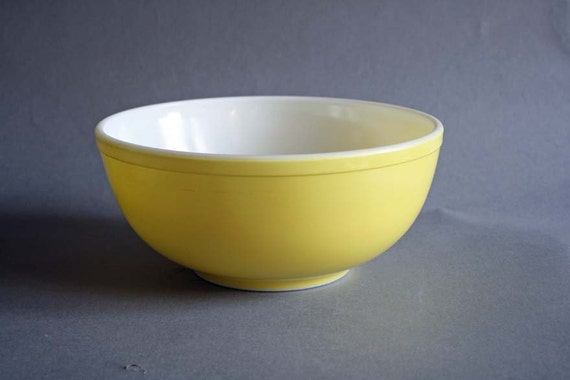 Vintage Yellow Large Pyrex Primary Mixing Bowl