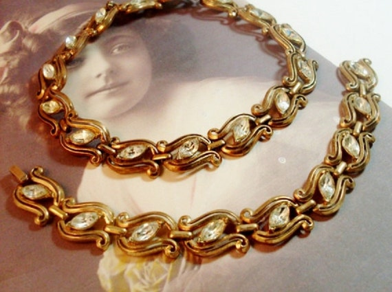 Vintage 1940 Crown Trifari Matching Rhinestones Necklace Bracelet