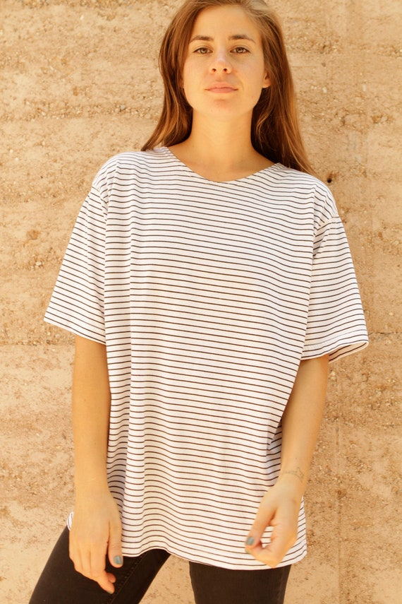 STRIPED black & white SCOOP neck top slouchy nautical summer shirt