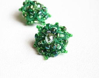 Green Emerald Beaded Post Tatting Fiber Earrings