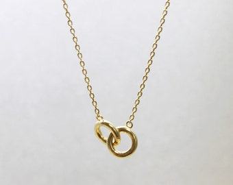 Small entwined Rings Necklace  - S2296 -2
