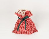 Fabric Gift Bag Itty Bitty - Red Snowflake Countdown to Christmas by Sweetwater for Moda