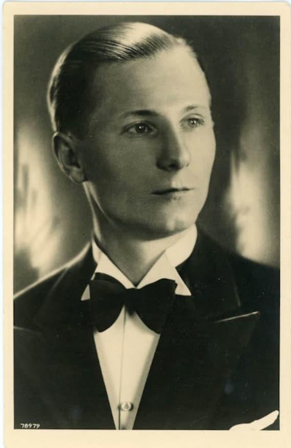 "Vintage Photo Postcard ""Tuxedo Man"", Photography, Paper Ephemera, Snapshot, Old Photo, Collectibles - 0010"