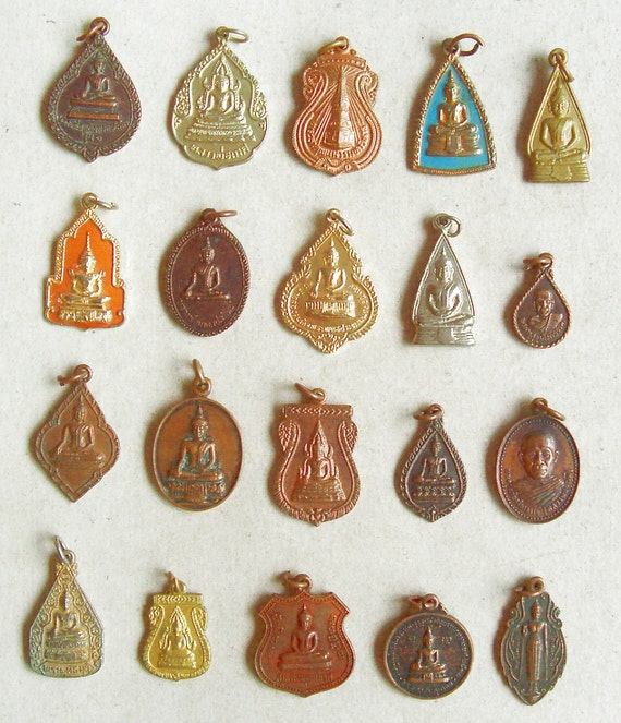 20 Thai Buddhist Buddha Lucky Pendants Brass
