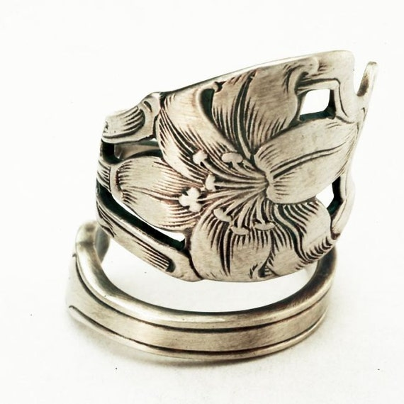 Spoon Ring Art Nouveau Hand Engraved Lily Sterling Silver, Handmade to your size (2734)