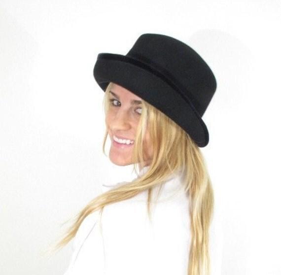 1980s Black Felt Wool Bowler Hat with Velvet Trim.