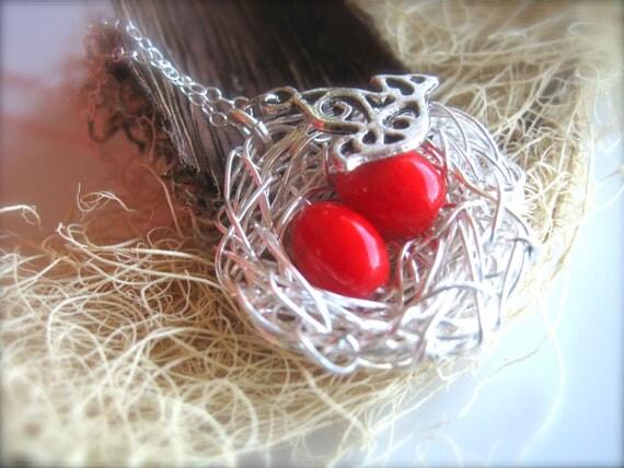 red bird nest and - photo #35