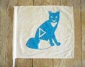 Vintage Camp Cabin Flag - Sly Fox in Turquoise Blue