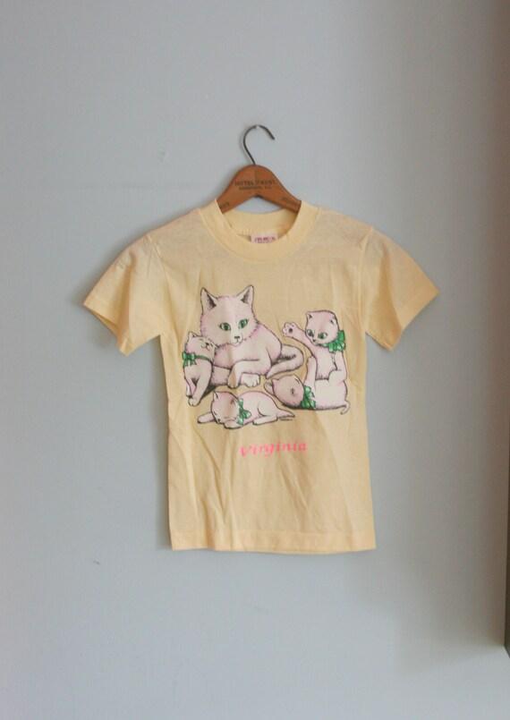 80s CAT Print Tee....size 10 12 kids.....yellow. cat. animal. feline. kids. children. adorable.