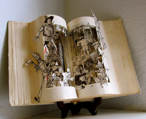 Altered Book - The land of Oz  the wizard of OZ book series
