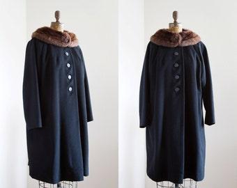 SALE 1950s Coat - 50s Coat - Black Wool Fur Collar Coat