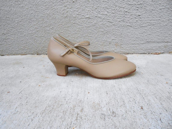 vintage 80s BALERA nude tan leather Mary Jane style dance pumps NOS/ size 7