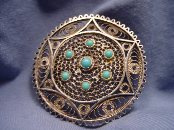 Solid Sterling Silver filigree & Turquoise broach / pendant