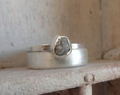 Raw Rough diamond-solitaire- engagement ring - wedding band set