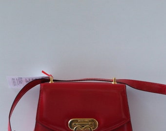 Vintage 90s Moschino Redwall bright red patent leather crossbody bag
